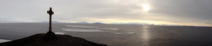 Another pano from the point. The sea ice has all cleared out!